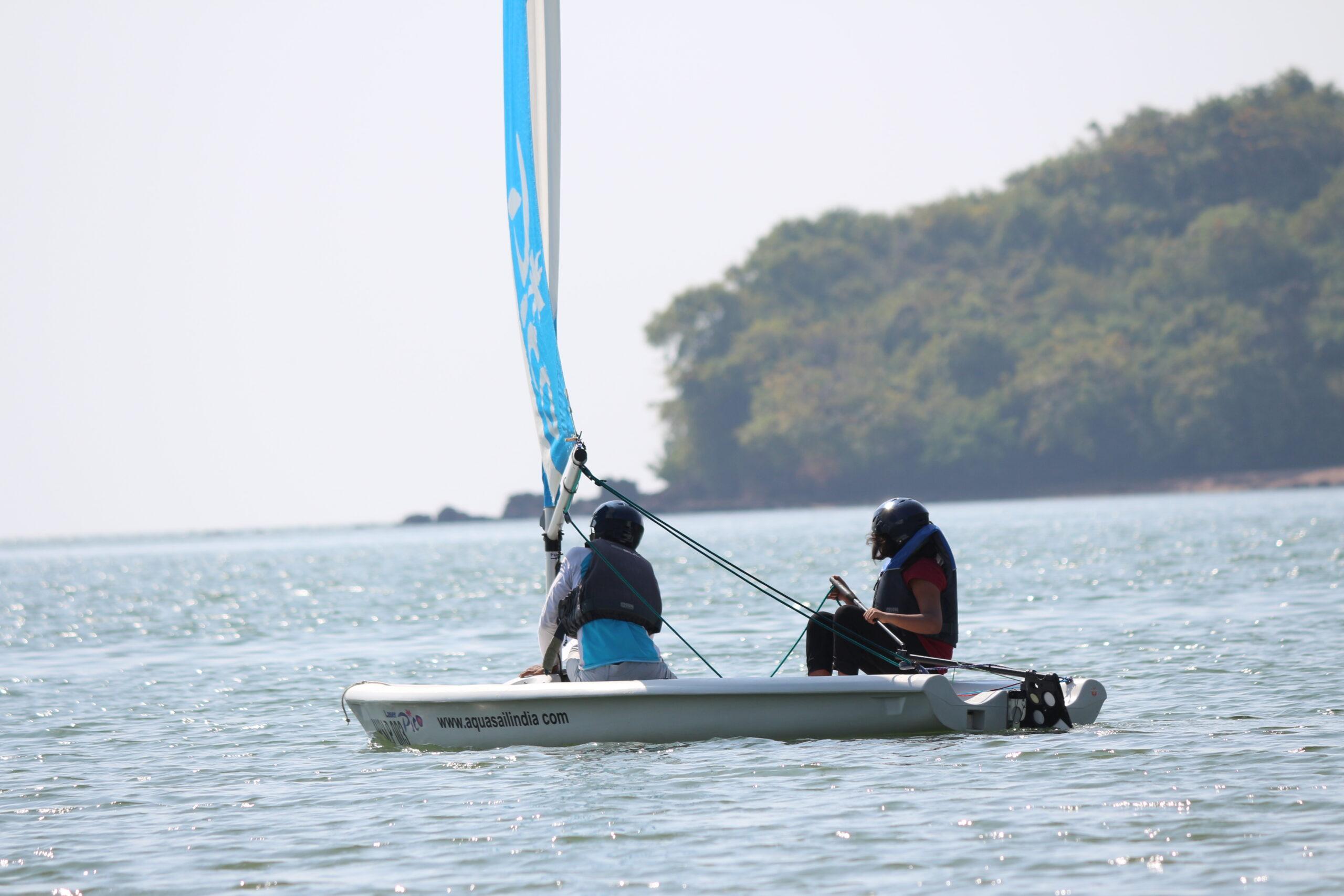 Dinghy Sailing Kids