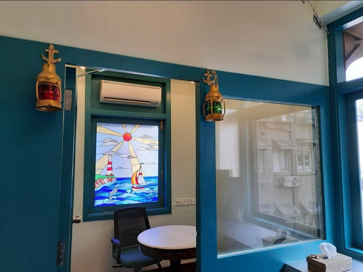 Gateway-Sailing-Lounge-4